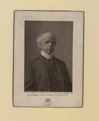The Honourable Sir Wilfrid Laurier Photo F (HS85-10-16876) original.tif