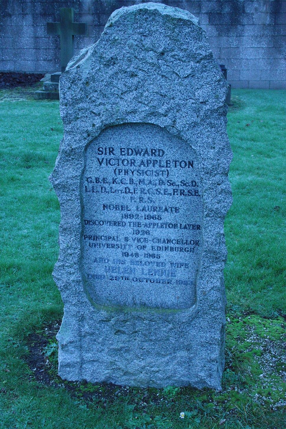 The grave of Sir Edward Victor Appleton, Morningside Cemetery, Edinburgh