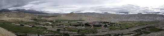 The kingdom of Lo, Lomangthang, Upper Mustang (Pano).jpg