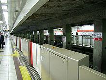станции метро санкт-петербурга с двойными дверьми список