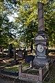Tomb of Henry Pettit.jpg