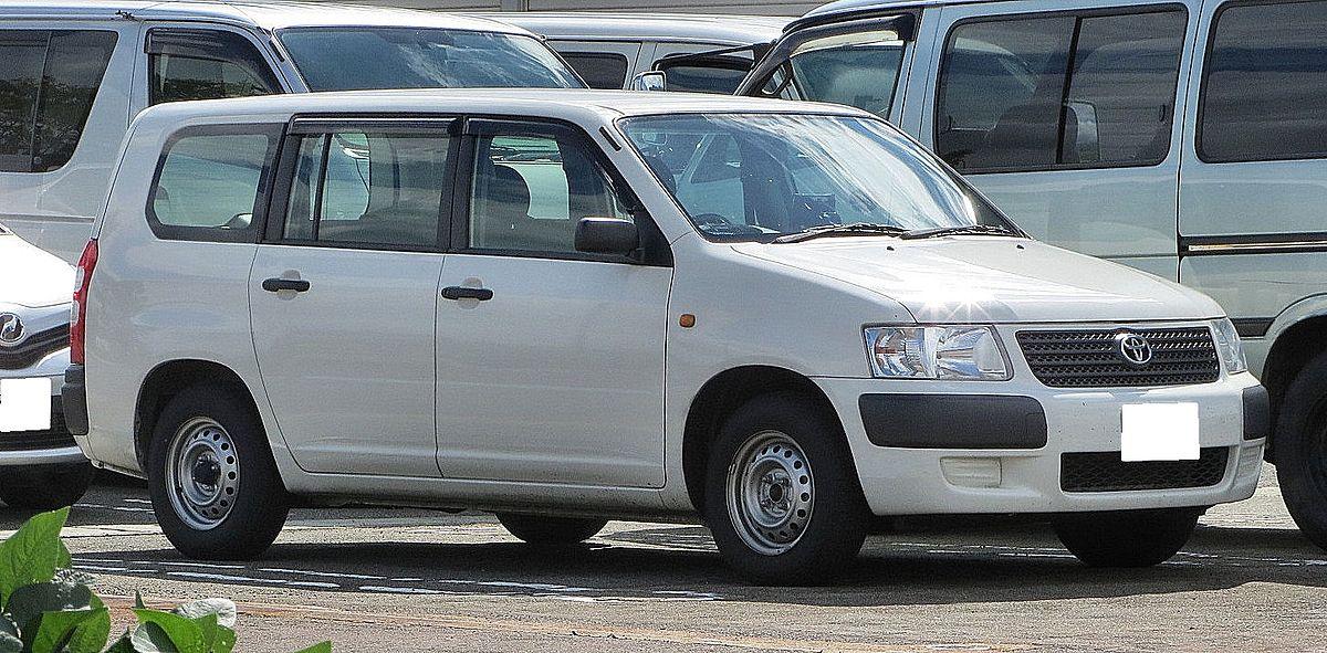 Toyota Succeed Van U 4WD.JPG