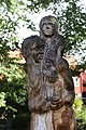 Träskulptur i Gatenhielmska reservatet 02.JPG