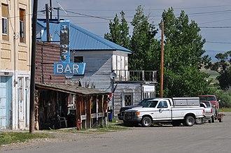 Two Dot, Montana - Image: Two Dot Bar, Two Dot Montana 2011