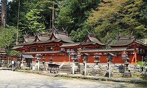 Uda Mikumari Shrine - The honden, composed of three conjoined Kasuga-style buildings.