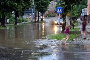 Ul. Borowskiego po ulewie.jpg