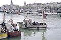 Un bateau de pêche polyvalent (2).jpg
