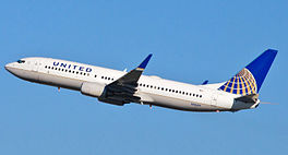 In Boeing 737-800 fan United Airlines