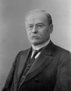 Vasily Leonidovitch Omelianski Russian academician and physician (1867-1928)