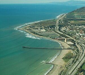 Ventura mit Blick auf Surfer's Point Ventura und dem 520 Meter langen Pier