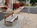 Villemandeur-FR-45-banc public-03.jpg