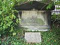 Voigt Grab@Weimar Jakobskirche Kirchhof.JPG