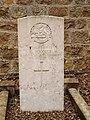 Vouziers-FR-08-cimetière communal-sépulture militaire britannique-14.jpg