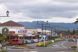 Waihi - A view from North Waihi looking south down Seddon Street.