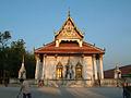 Wat-Phra-Baromathat-Nakhon-Srithammarat-Apr-2001-00.JPG