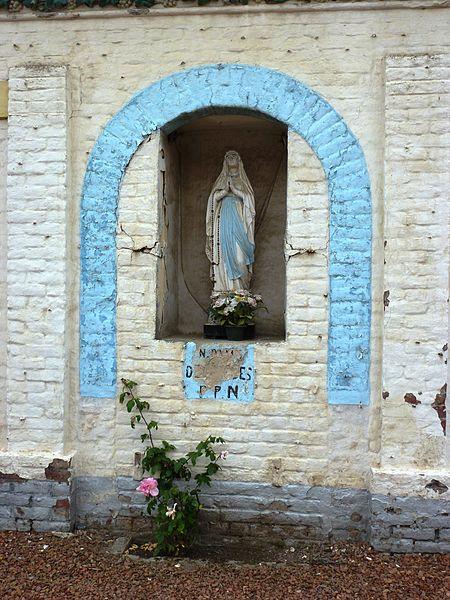 Westrehem (Pas-de-Calais, Fr) oratoire-niche N.D. de Lourdes