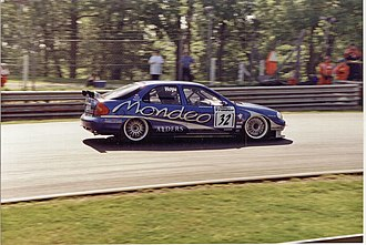 Ford Mondeo - Will Hoy driving for Ford Mondeo Racing in the 1998 British Touring Car Championship