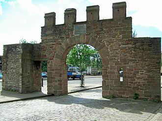 History of Dundee - The Wishart Arch is believed to be the only surviving part of the city walls