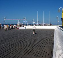 Wooden pier in Sopot Poland 2004 08 11 ubt.jpeg
