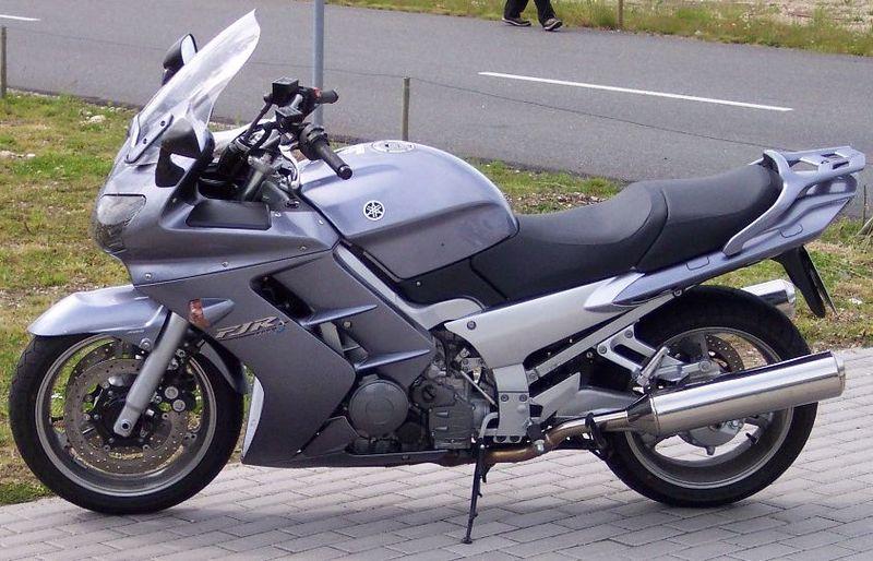 Fitxer:Yamaha FJR 1300.jpg
