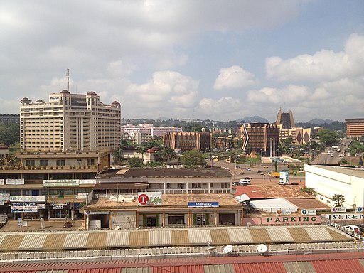 Yaoundé view from central market (2014)