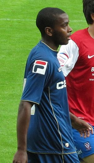 Youssouf M'Changama - M'Changama playing for Oldham Athletic in 2012