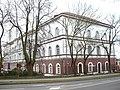Zakład wychowania wojskowego z 1855 r. pełniący później także funkcję szpitala wojskowego. Obecnie Pałac Młodzieży.JPG