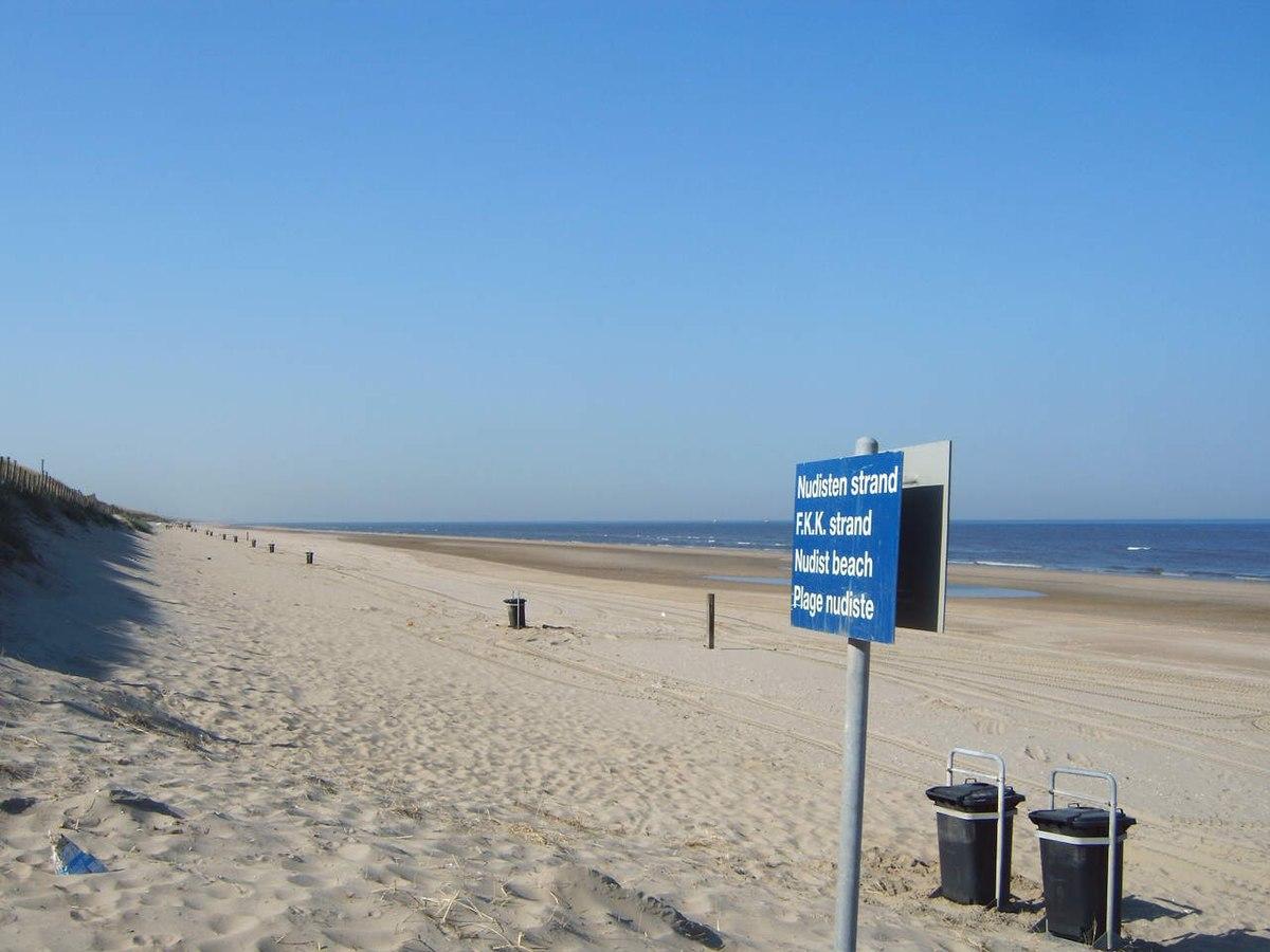 Nudist Beach - Wiktionary-5538