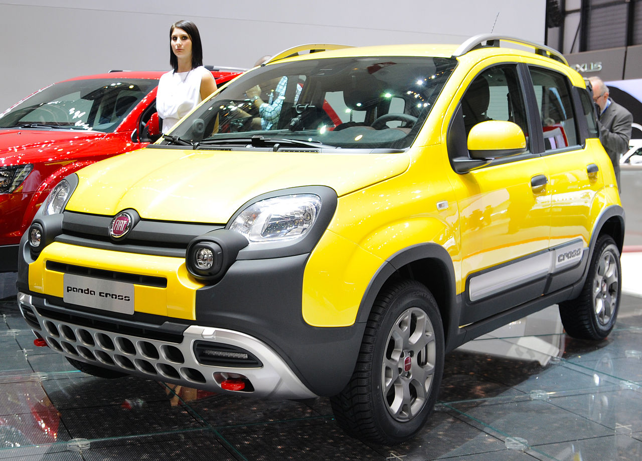 file 14 italian suvs panda cross by fiat yellow urban wikimedia commons. Black Bedroom Furniture Sets. Home Design Ideas