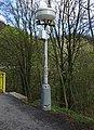 Řež, lampa s ampliony (01).jpg
