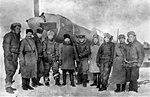 Казаки 5-го Донского гвардейского кавалерийского корпуса в гостях у летчиков 31-го истребительного авиационного полка.jpg