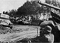 Советские танки, поврежденные на подступах к Ржеву.jpg