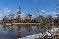 Устье, весна возле Смоленской церкви.jpg
