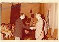 דרור בן דוד מקבל את פרס קפלן מידי הנשיא חיים הרצוג.jpg
