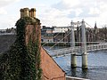 162 Riverside Charity Shop i el pont de Greig Street des de l'Old High Kirkyard.jpg