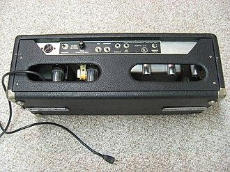 Fender Bandmaster - Image: 1968 Fender Bandmaster back