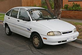 1996 Ford Festiva (WB) GLi 5-door hatchback (2016-01-04) 01.jpg