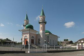 2-minaret mosque in Semey.jpg