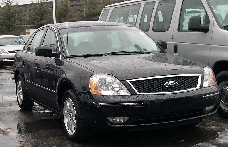 Dosya:2006 Ford Five Hundred.jpg