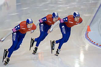 Richmond Olympic Oval - The Netherlands' Sven Kramer, Wouter olde Heuvel and Carl Verheijen in men's team pursuit during the 2009 World Single Distance Speed Skating Championships