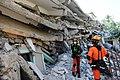 2010년 중앙119구조단 아이티 지진 국제출동100118 중앙은행 수색재개 및 기숙사 수색활동 (147).jpg