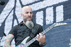 20140614-082-Nova Rock 2014-Anthrax-Scott Ian.JPG