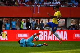 20180610 FIFA Friendly Match Austria vs. Brazil Lindner Firmino 850 0086.jpg