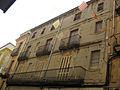214 Casa al c. Besalú, núm. 9.jpg