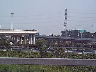 5th Ring Road - The 5th Ring Road at Shangqing Bridge (July 2004 image)