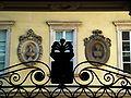 8909 - Milano - Busti nel cortile palazzo di Francesco Melzi D'Eril in via Manin - Foto Giovanni Dall'Orto - 13-Sept-2007.jpg
