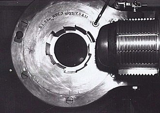BL 9.2-inch Mk IX – X naval gun - Breech view of a Mk X gun in 1946
