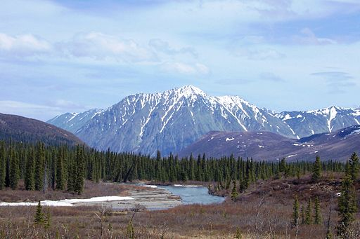 ALONG THE GLENN HIGHWAY, ALASKA - ANCHORAGE TO DENALI NATIONAL PARK