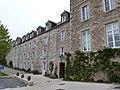 Abbaye de Saint-Jacut-de-la-Mer (partie ancienne).jpg
