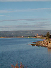 Abbeyside Church from Abbeyside Cove, Christmas 2006 7 (353819008).jpg